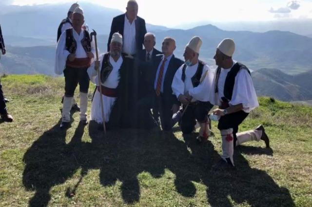 Der albanische Staatspräsident, Ilir Meta, besuchte die archäologische Stätte Bylis in Südalbanien