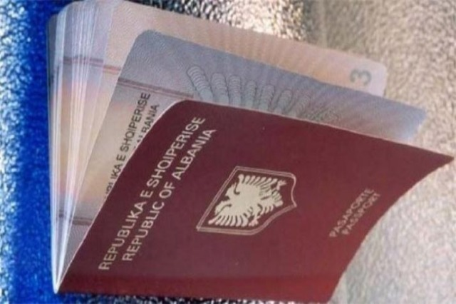 Putnici iz Albanije u Srbiju samo sa ličnom kartom