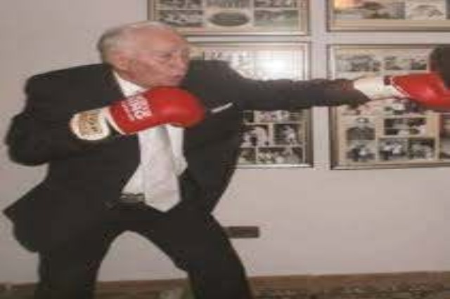 Albanian boxing professor Ramiz Reka has passed away today at the age of 82
