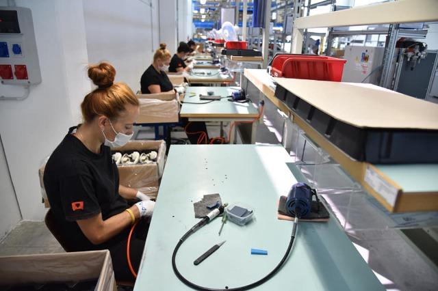 DÉCISION / Le gouvernement albanais aide financièrement les entreprises qui mettent en œuvre des protocoles anti-COVID