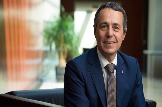 Der Schweizer Außenminister besucht heute Tirana