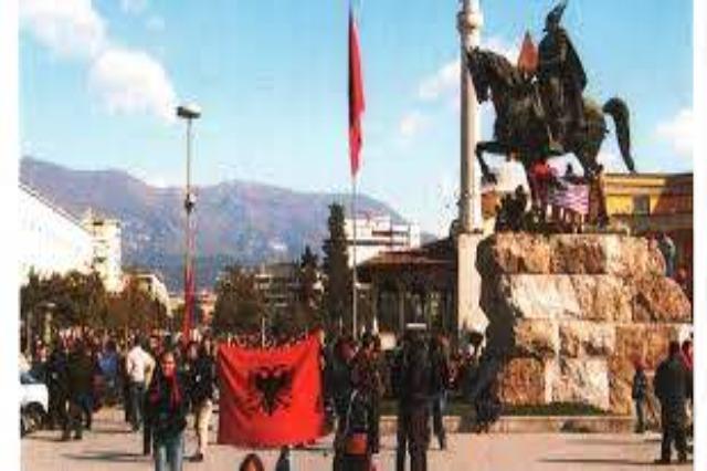 Die  Hörerpost für Radio Tirana