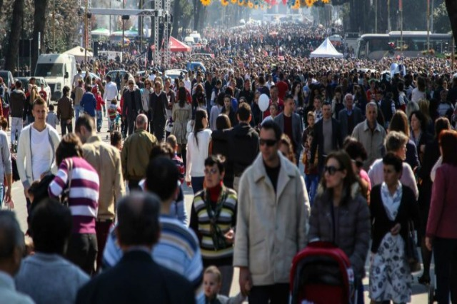 The Covid crisis reduced the per capita income of Albanians by almost 300 euros in 2020