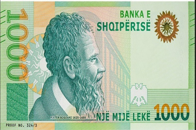 By the end of 2021, 3 new banknotes will be on the market!