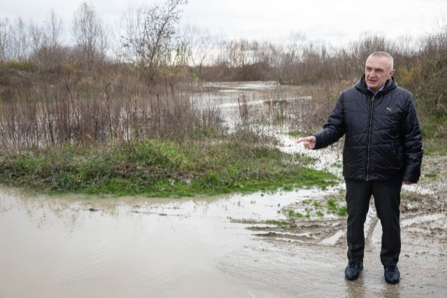 President Meta urges the government to assist the citizens in the flooded areas