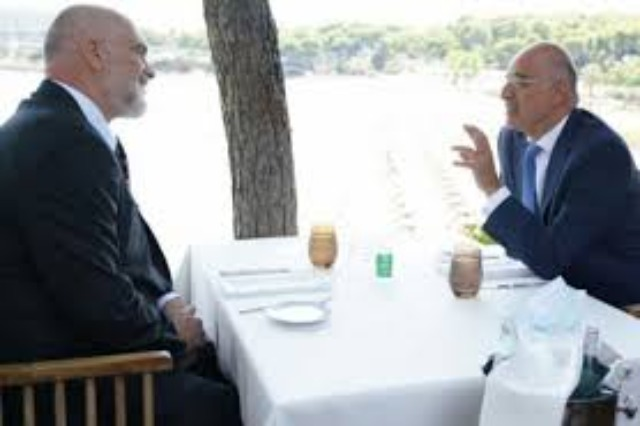Greek Foreign Minister Receives Rama: Focus on bilateral relations
