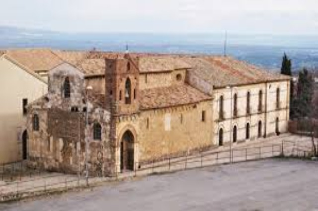 287 Jahre seit der Eröffnung des Arbëresh Institut von S. Adriano