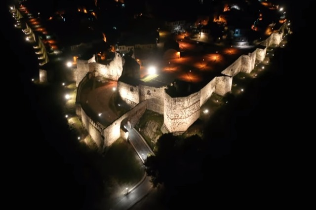 "It is not ""Game of Thrones"", but the Castle of Berat, Pm Rama shares aerial footage of the castle"