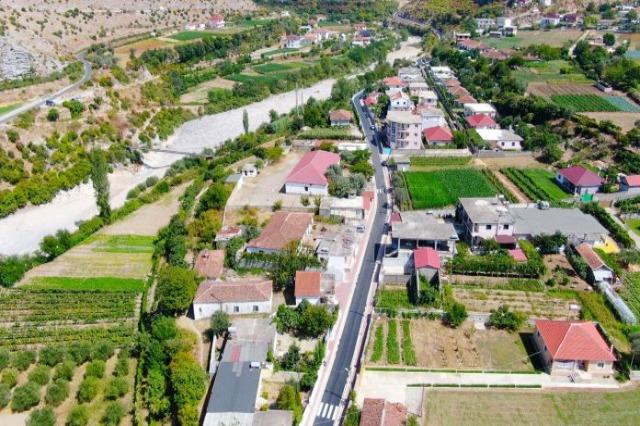Der albanische Ministerpräsident, Edi Rama  /In der dritten Mandat 100% Trinkwasser 24 Stunden