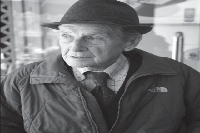Der  bekannte Sänger der  albanischen Unterhaltungsmusik, Rudolf Stambolla ist tot