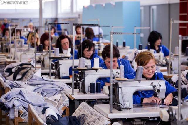 Nach den Rentnern werden die Beschäftigten in der Fasson-Industrie geimpft