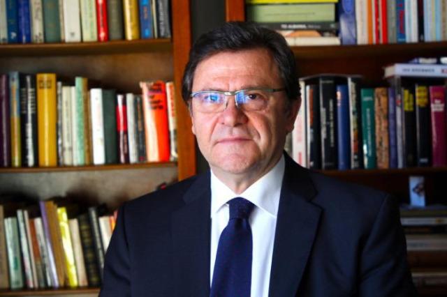 Der der albanische Verhandlungschef für  die EU-Integration, Zef Mazi/Albanien hat  alle Bedingungen der EU erfüllt