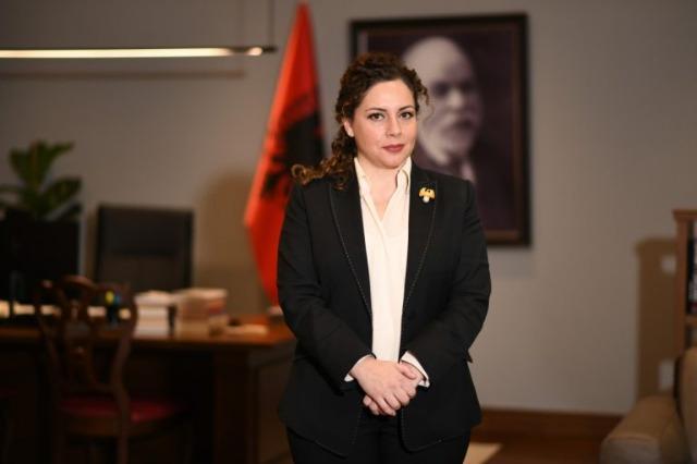 Albanien und seine  Außenpolitik