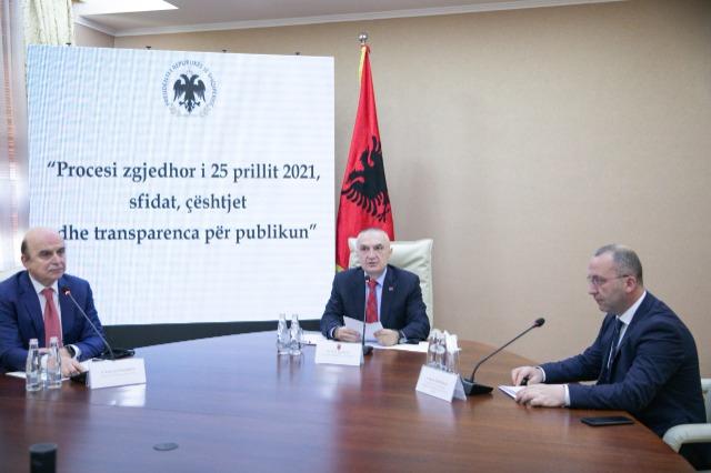 Cumhurbaşkanı Meta, sivil toplum temsilcileriyle görüştü