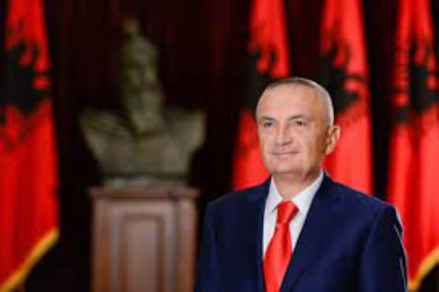 Der albanische Staatspräsident, Ilir Meta gratuliert der griechischen Präsidentin zum 200. Jahrestag der Unabhängigkeit
