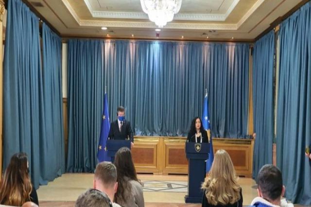 Osmani: al processo di dialogo con Serbia, dobbiamo essere trattati come Stati uguali