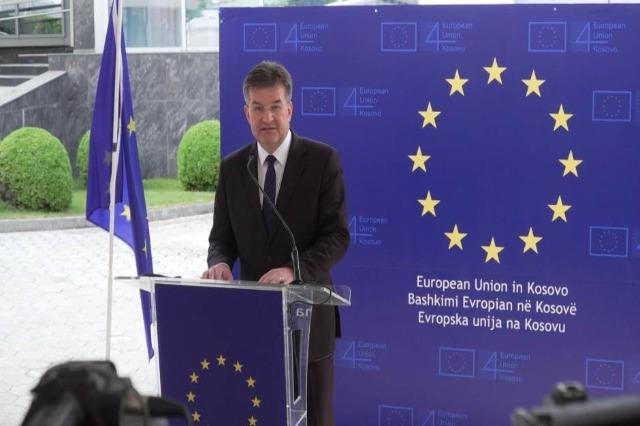 Lajcak in Kosovo, sostiene il nuovo governo e chiede unità per il processo di dialogo