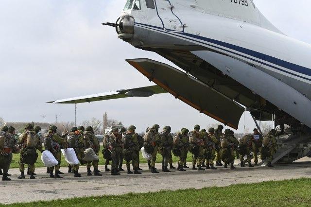 AFP: Rusi povlače vojsku