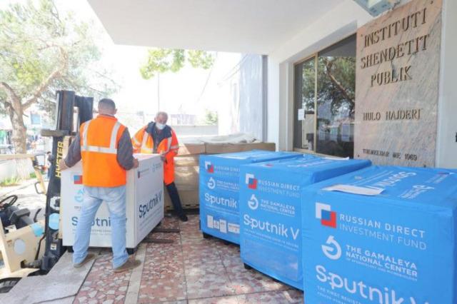 25,000 doses of Sputnik V vaccine arrive in Albania