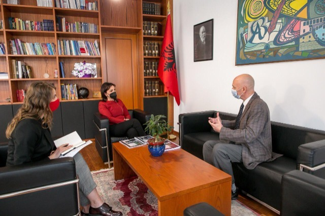 Minister of Education Kushi to Israeli ambassador : Proud that our students study the hospitable values of Albanians in sheltering Jews