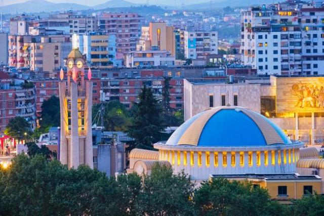 Ritorno a Tirana, come una ragazzina che ritrovi donna