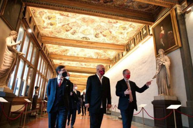 Başbakan Edi Rama, Florans'ta Uffizi Müzesi'ni ziyaret etti