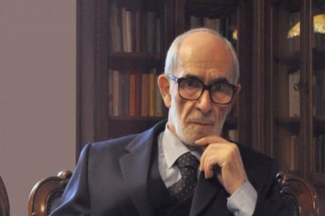 Prof. Rexhep Qosja feiert seinen 85. Geburtstag