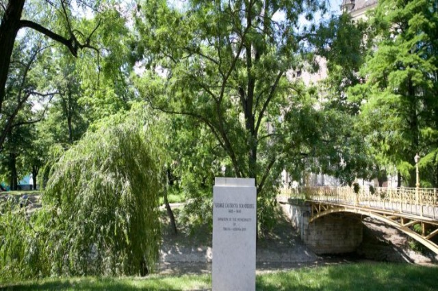 Skanderbeg bust in Budapest Central Park / Veliaj: To be inaugurated on July 5