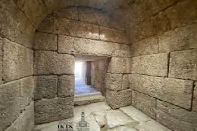 Monumental tomb discovered in Amantia Archaeological Park, dating to the 3rd century BC