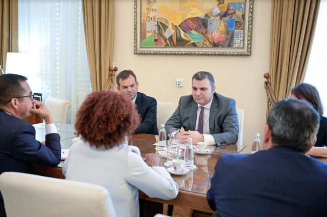 Merkez Bankası Güvernatörü Sejko, Dünya Bankası'nın Arnavutluk'taki yeni Daimi Temsilcisi Salinas ile görüştü