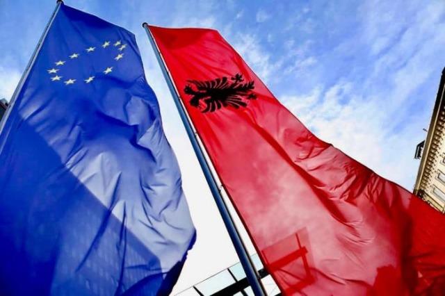Statut d'observateur auprès de l'agence de l'UE, assistance pour s'aligner sur les pratiques en matière de droits fondamentaux
