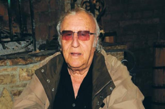 Arnavut Tiyatrosu'nun efsanesi Pirro Mani vefat etti