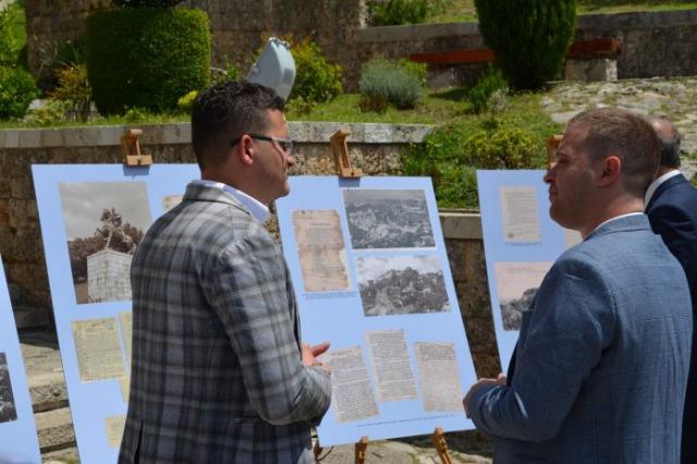 Kruja dans des documents rares et des photographies du fonds des Archives