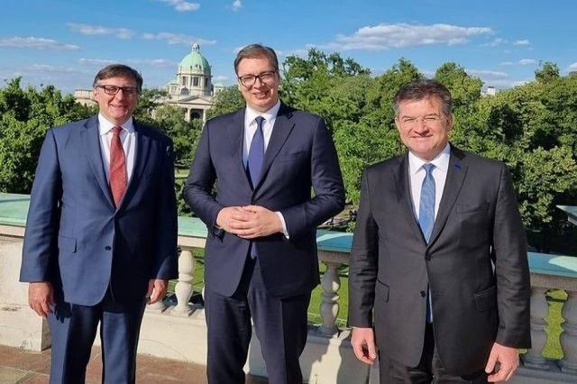 Nakon sastanka sa izaslanicima SAD i EU, Vučić: Spreman za dijalog sa Kosovom