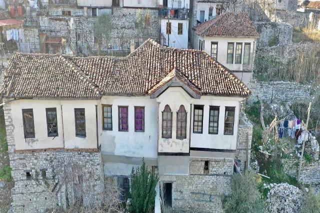 """Berat, stanovi """"Spomenik kulture"""" su restaurirani"""