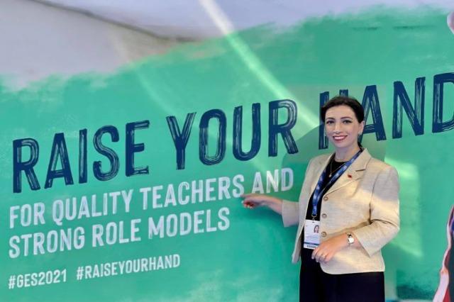 Die albanische Ministerin für  Schulbildung, Jugend und Sport, Evis Kushi, nimmt an dem Global-Gipfel für Schulbildung in London teil