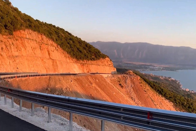 Pm Rama shares images of the newly opened segment, the Vlora bypass