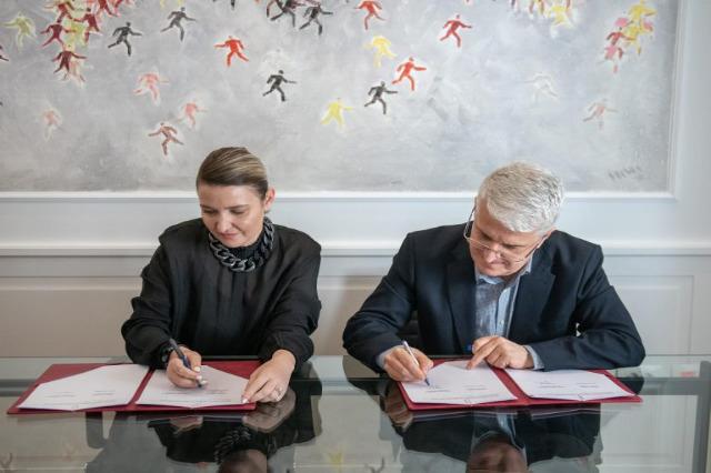 Arnavut sanatçıların ve kültürünün dünyada tanıtımı / Anlaşma imzalandı
