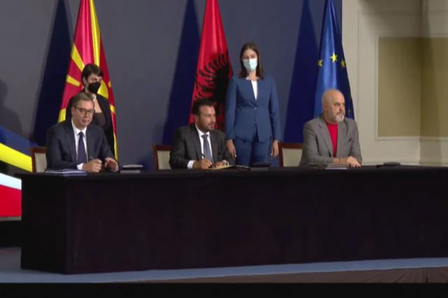 Rama, Zaev ve Vuçiç, iki mutabakat zaptı ve ülkeler arası bir anlaşma imzaladı
