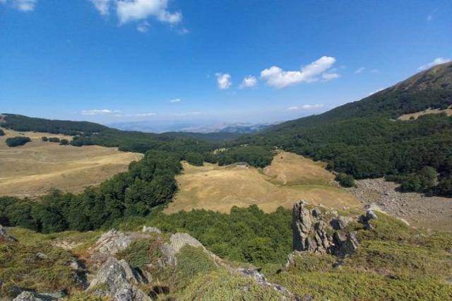 Shebenik-Jabllanica Milli Parkı, yerli ve yabancı turistlerden tercih edilen yerlerden birisi