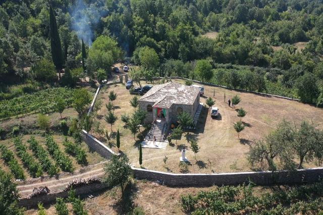 Bektaşi hacı Skrapar'ın Prishte köyünde açılıyor