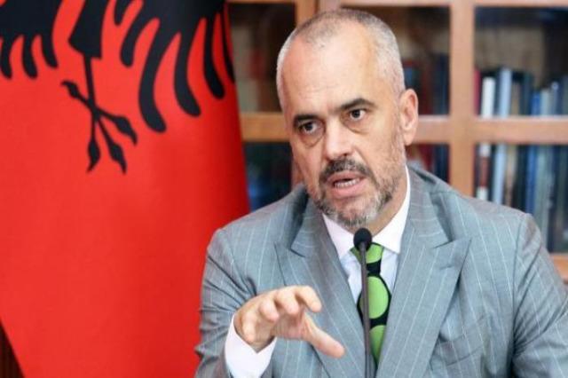 """Edi Rama: """"Trenta anni fa eravamo noi gli afghani. Accoglierli è un dovere per gli albanesi"""""""