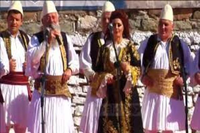 """In Südalbanien fand  das Volksmusikfestival """"Divani Lunxhot"""" statt"""