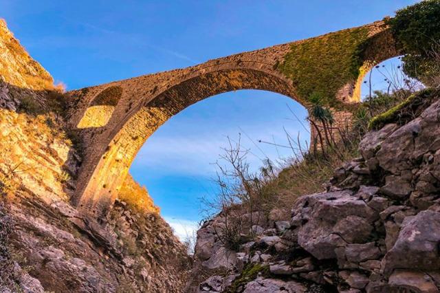 Ali Paşa Köprüsü restore ediliyor