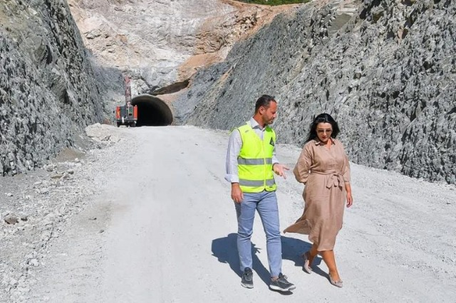 Der Tunnel von Skërfica mit einer Länge von 1316 m wurde geöffnet