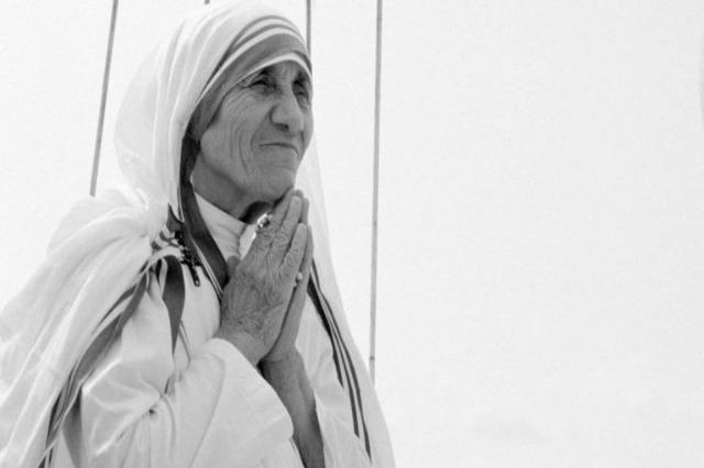 Rahibe Tereza'nın doğumunun 111. yıldönümü