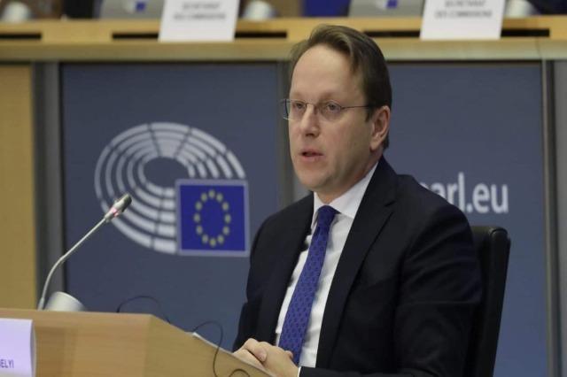 Le paquet d'investissement de l'UE dans les Balkans occidentaux prend vie