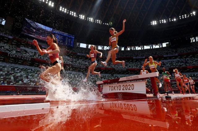 Luiza Gega, 3000 metre engellide 9:34.10'luk derecesiyle 13. sırada yer alıyor