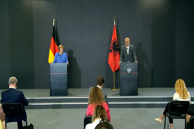 Rama and Merkel in a joint press conference