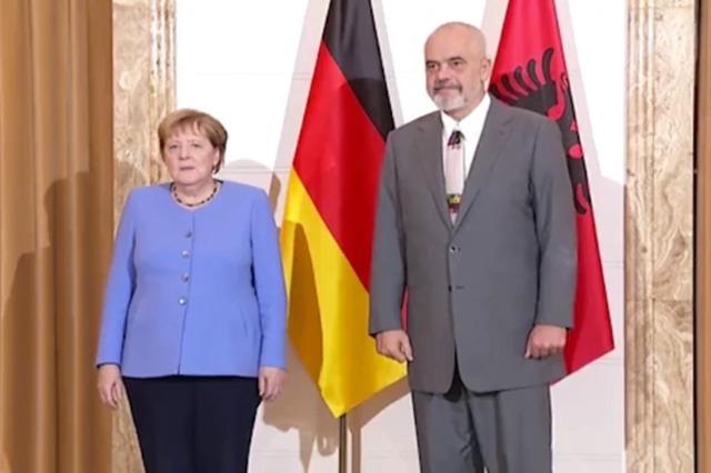 Die Medien verfolgen mit wachsendem Interesse  den Besuch der Bundeskanzlerin, Angela Merkel in Albanien